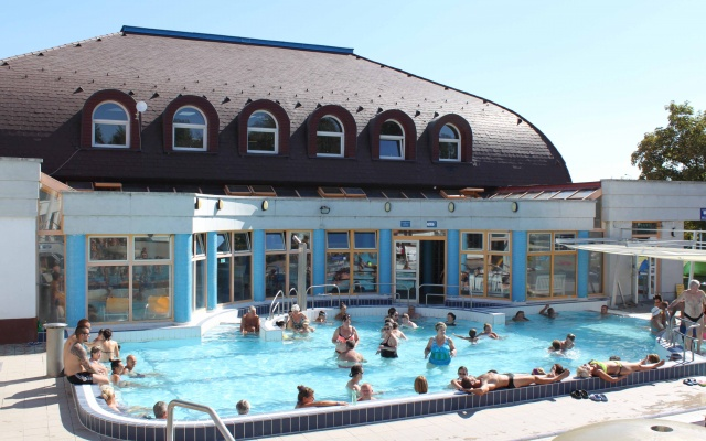Zsory Thermal Bath